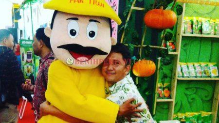 Pak Tiwi Meriahkan Hari Pangan Sedunia ke 37 di Pontianak, Kalimantan Barat
