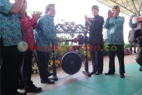 Gubernur Jabar Membuka HKP di Soreang, Kab. Bandung